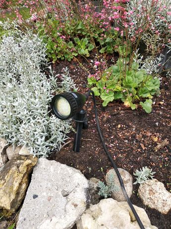 Lampka ogrodowa pojedyncza