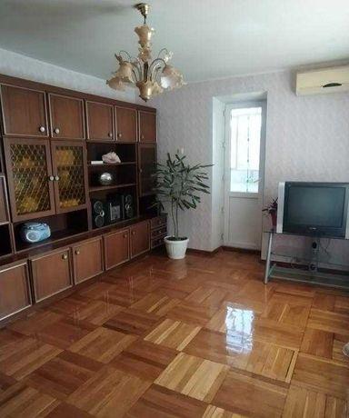 ЛФ-1 Продам квартиру в кирпичном доме  на Таирова в районе 65 школы