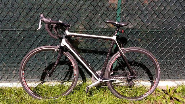 Rower Szosa full Carbon 105 wcs koła Carbon. Zamiana na górski