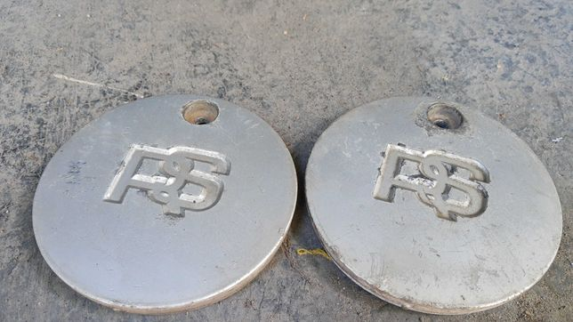 Крышки (колпачки) RS дисков FORD Sierra оригинал