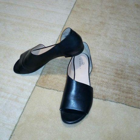 Нові шкіряні туфлі, Di Donna 41