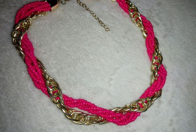 Colar rosa e dourado