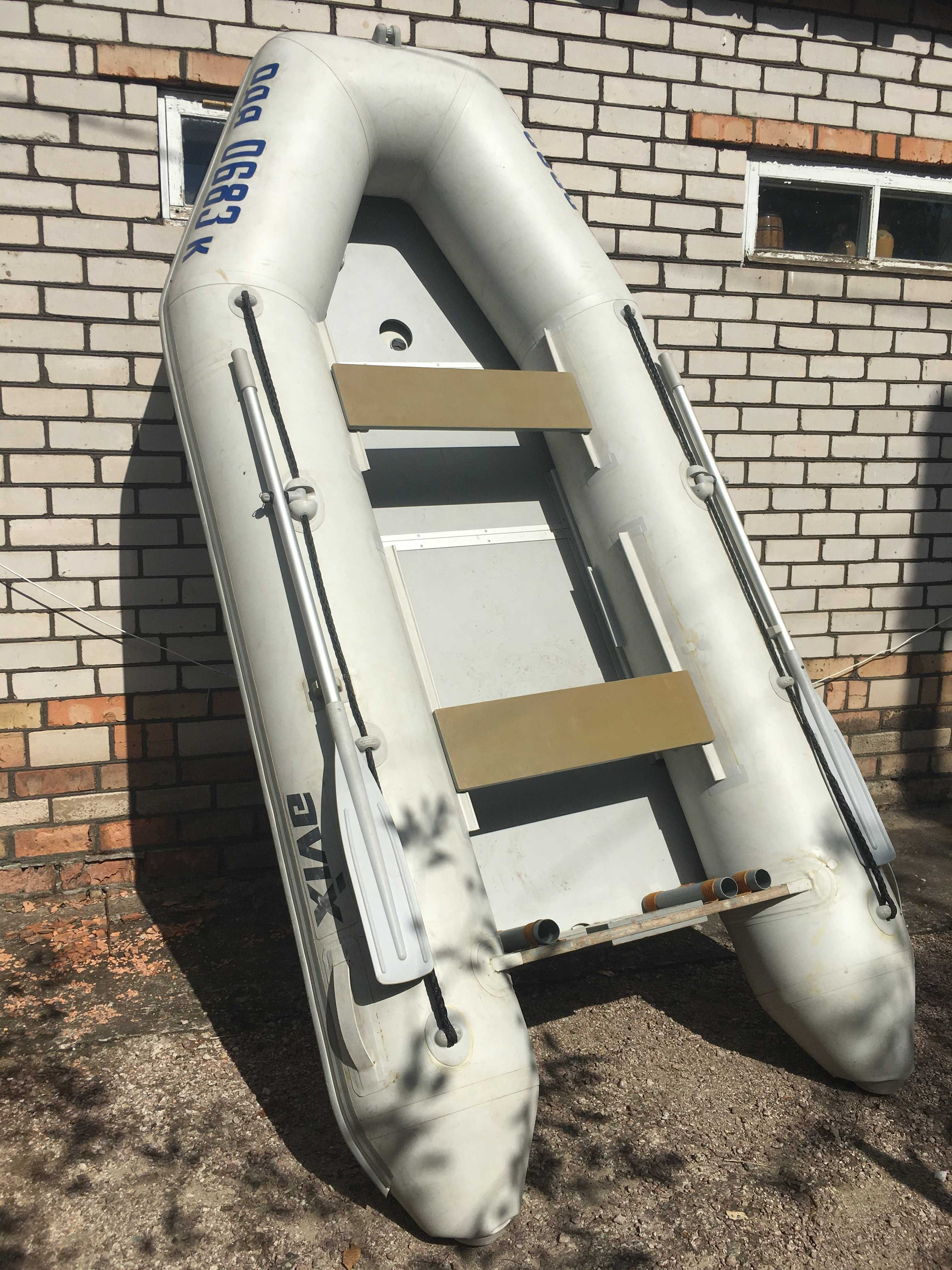 Лодка ПВХ Авикс 330