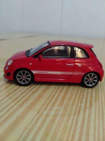 Miniatura Fiat Abarth 500 1/43