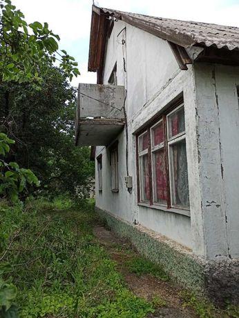 Продается дом в селе под склад или дачу.