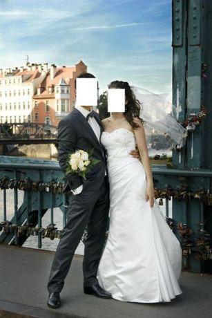 PIĘKNA Suknia Ślubna Firmy WHITE ONE Ładnie Dopasowana 34-36