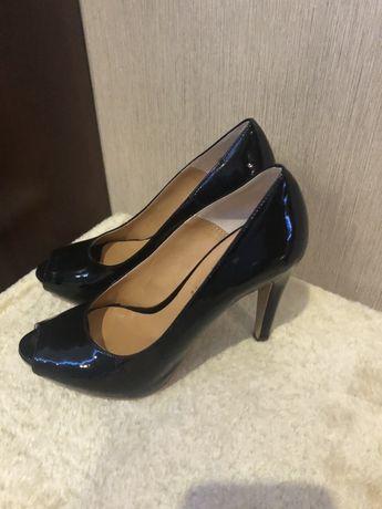 Туфлі (Італія), 38 розмір
