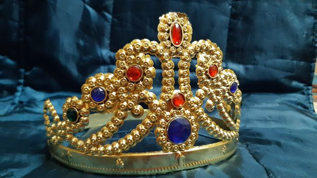 Корона королевы для карнавалов и утренников! Золотистая, складная.