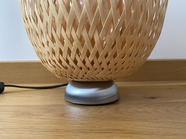 IKEA BÖJA lampa stołowa