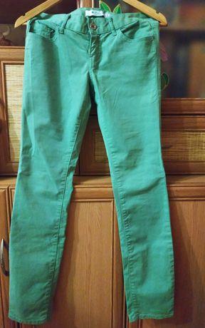 Дешево фирменные джинсы Colin's на худенькую девочку подростка
