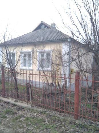 Продаю добротний будинок