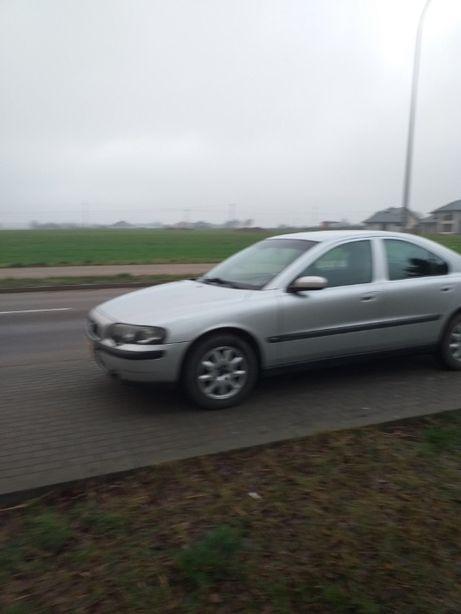 Volvo S60 Zadbany