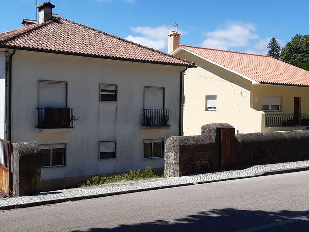 Aluga-se Apartamento T2 C/ garagem + estacionamento + arrecadação