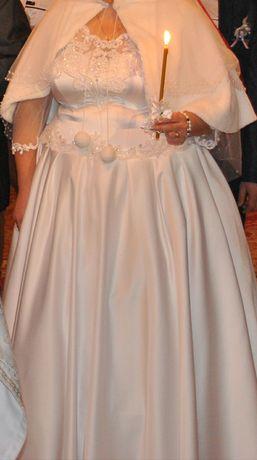 Продам весільну сукню срочно