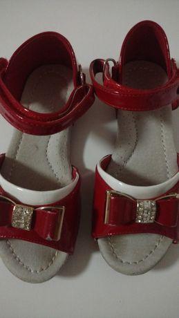 Туфлі для дівчинки 26р.