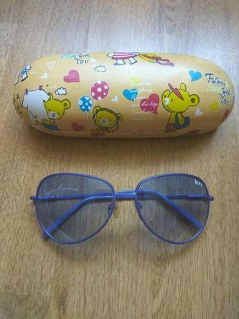 Продам детские солнцезащитные очки - стекло, в металлической оправе
