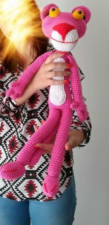 Boneco Pantera cor de rosa (amigurumi)