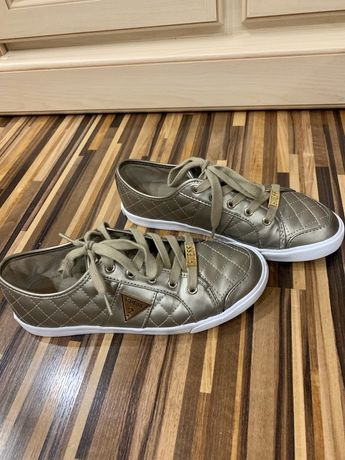 Кросівки Guess