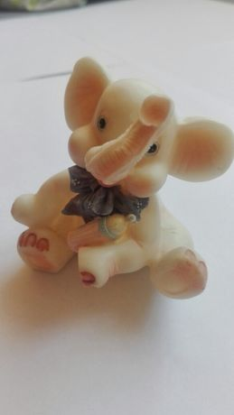 Śliczny słonik na szczęście porcelanowy prezent na urodzenie dziecka n