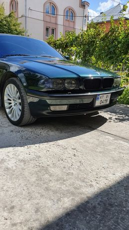 BMW 740 IL LONG 4.4