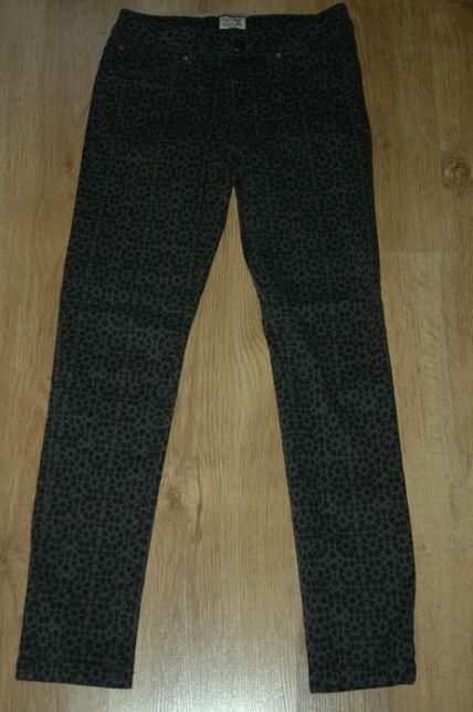 C&A szare dżinsy jeans spodnie w cętki r.146
