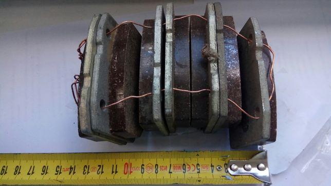 Передние тормозные колодки ВАЗ 2101-06