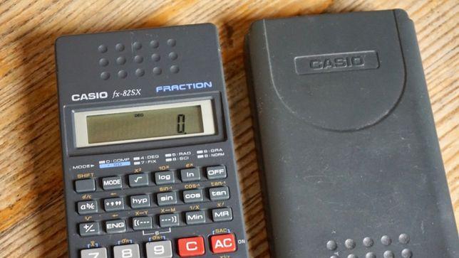 Calculadora científica Casio FX-82SX