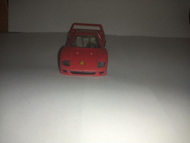 Ferrari F 40 firmy bburago 1/43