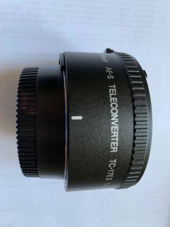 Nikon AF-S Telekonwerter TC-17E II