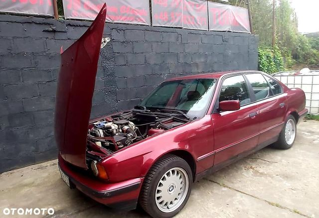 BMW Seria 5 Bmw E34 518i w pięknym kolorze calypsorot metalik