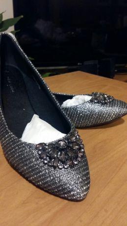 Nowe balerinki New Look srebrne roz. 40