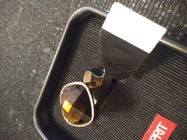 Piękny pierścionek Esprit 56
