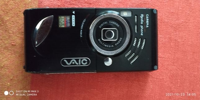 Телефон vaio с выдвижной камерой