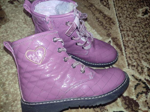 Ботинки, сапоги, взуття