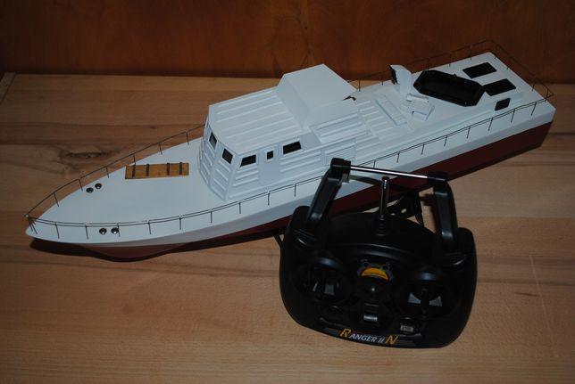 Радиоуправляемый катер, модель,