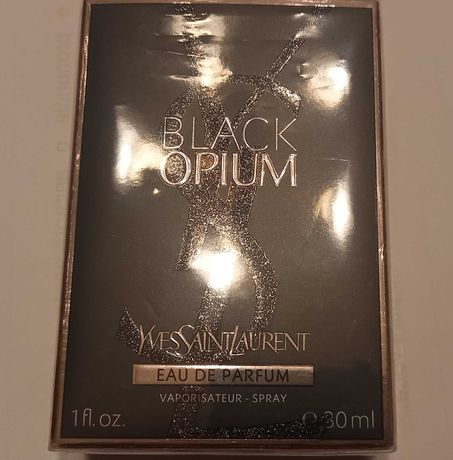 Perfume black opium yves saint laurent