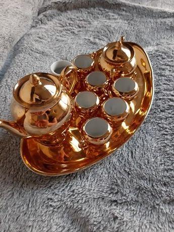 Piękny złoty zestaw mini