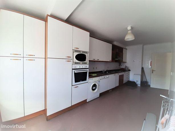 Apartamento, 2 quartos, Oeiras, Nova Carnaxide