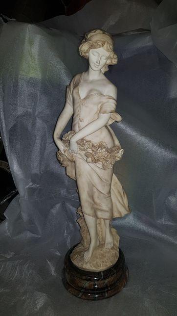 Rzeźba do domu lub ogrodu - kobieta w sukni z kwiatami! Wspaniała!