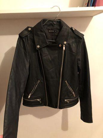 Черная кожанка косуха, байкерская куртка, M Stradivarius новая