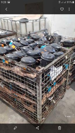Компрессоры для холодильника б/у acc 80,95,12 цена от 600гр