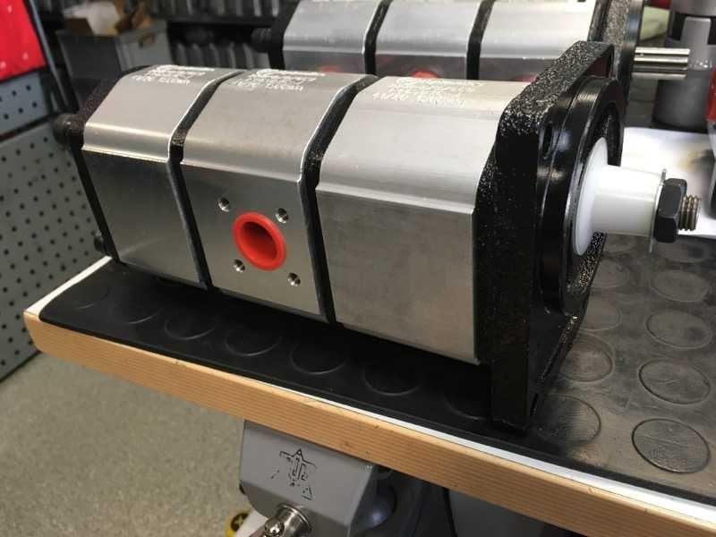 pompa hydrauliczna Schaeff Terex HR14 HR16 Żagań - image 1