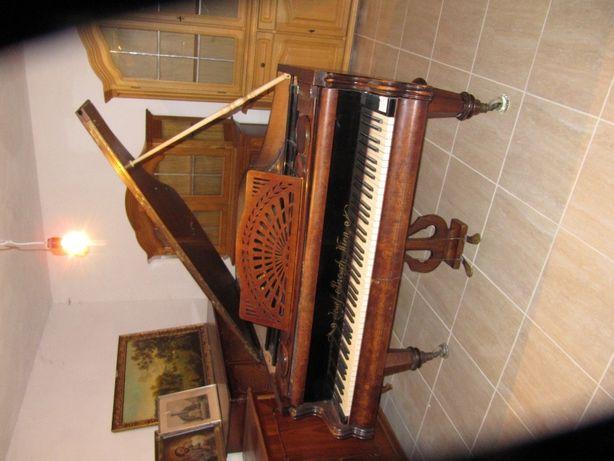 Witam, mam na sprzedaż Fortepian