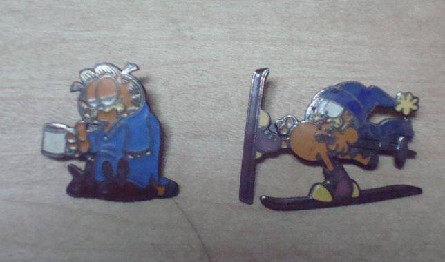 pins raros do garfield de 1978 e 1 dos smurfs
