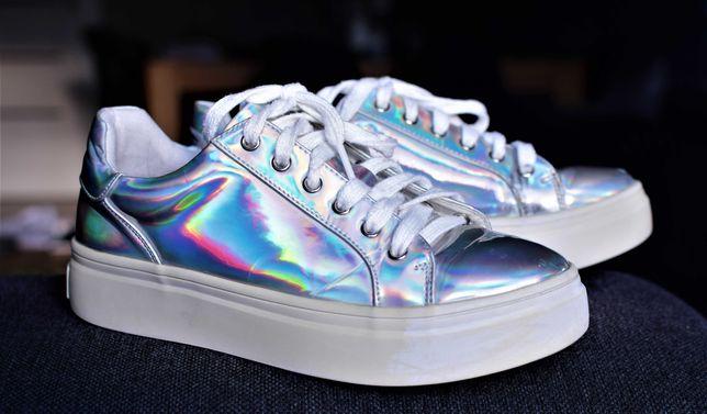 Reserved buty sneakersy  holograficzne rozm. 37