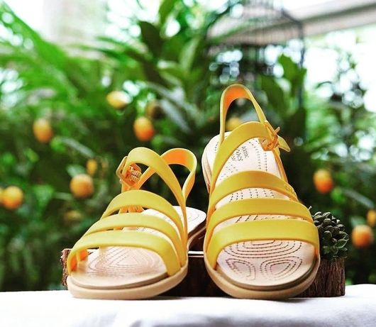 Cандалии сандалії босоножки кроксы Crocs Tulum Sandal W9
