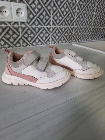 Кроссовки Zara 23 размер