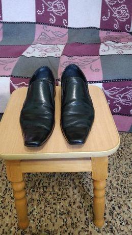 Продам кожаные туфли за-100гр.