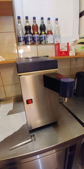 Automat dobitej śmietany