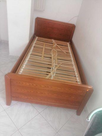 Łóżko 110/200 że stelażem